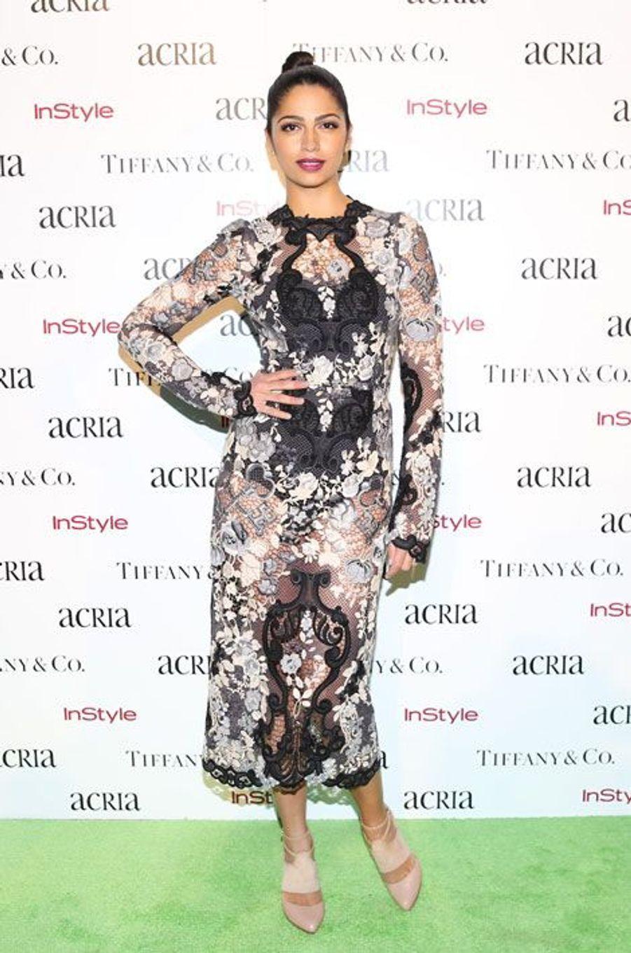 La femme de l'acteur Matthew McConaughey, Camila Alves, en Dolce & Gabbana, à New York, le 10 décembre 2014