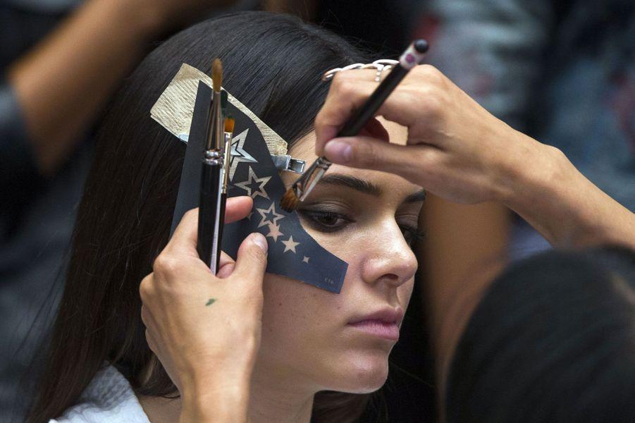 Kendall Jenner avant le défilé