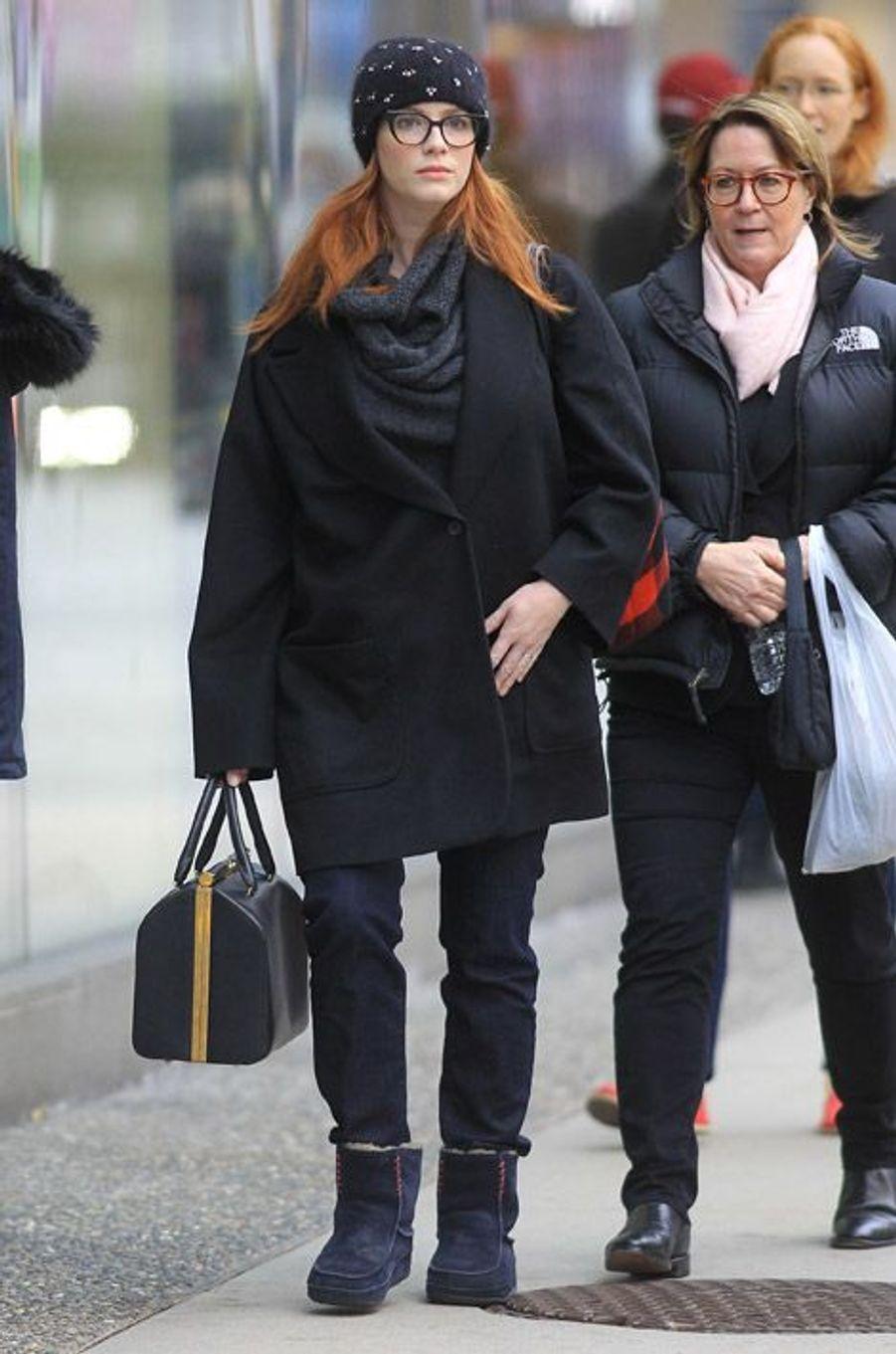 """L'actrice de la série """"Mad Men"""", Christina Hendricks, au Canada, le 17 janvier 2015"""