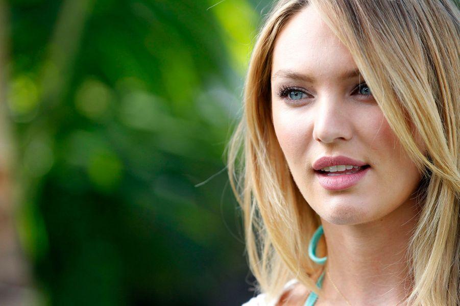 La Sud-africaine de 25 ans est l'un des «anges» les plus connus de Victoria's Secret. Son allure parfaite lui a permis de devenir l'un des mannequins les mieux payés du monde. En plus d'avoir fait la couverture des plus grands magazines, elle a aussi posé pour Versace, Swarovski, Miu-Miu et Oscar de la Renta.