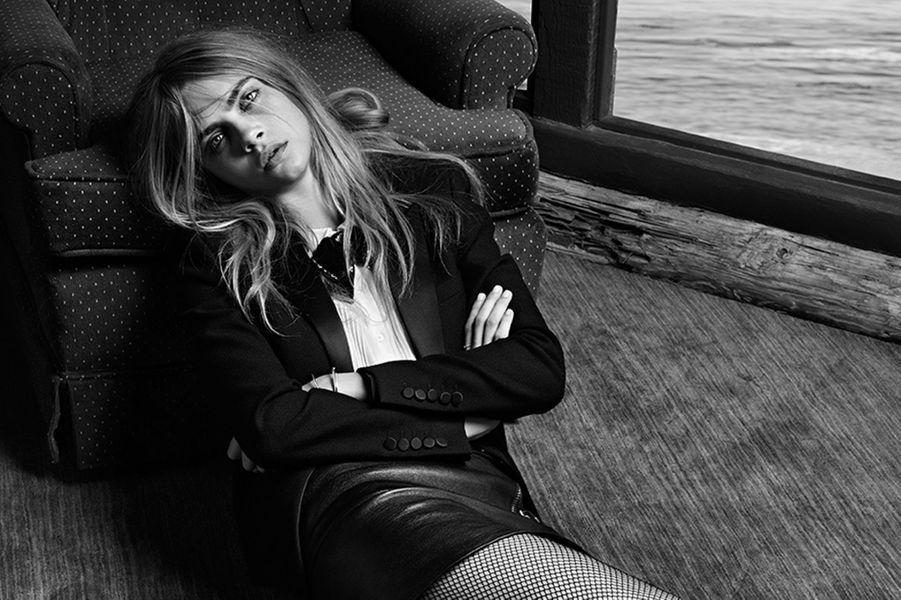 S'il y en a une qui a fait parler d'elle cette année, c'est bien l'Anglaise. Egérie Saint Laurent, Fendi et La Perla, elle a fait plusieurs Unes de «Vogue» à travers le monde. Elle a aussi défilé pour Chanel, Victoria's Secret, Marc Jacobs, Vuitton…