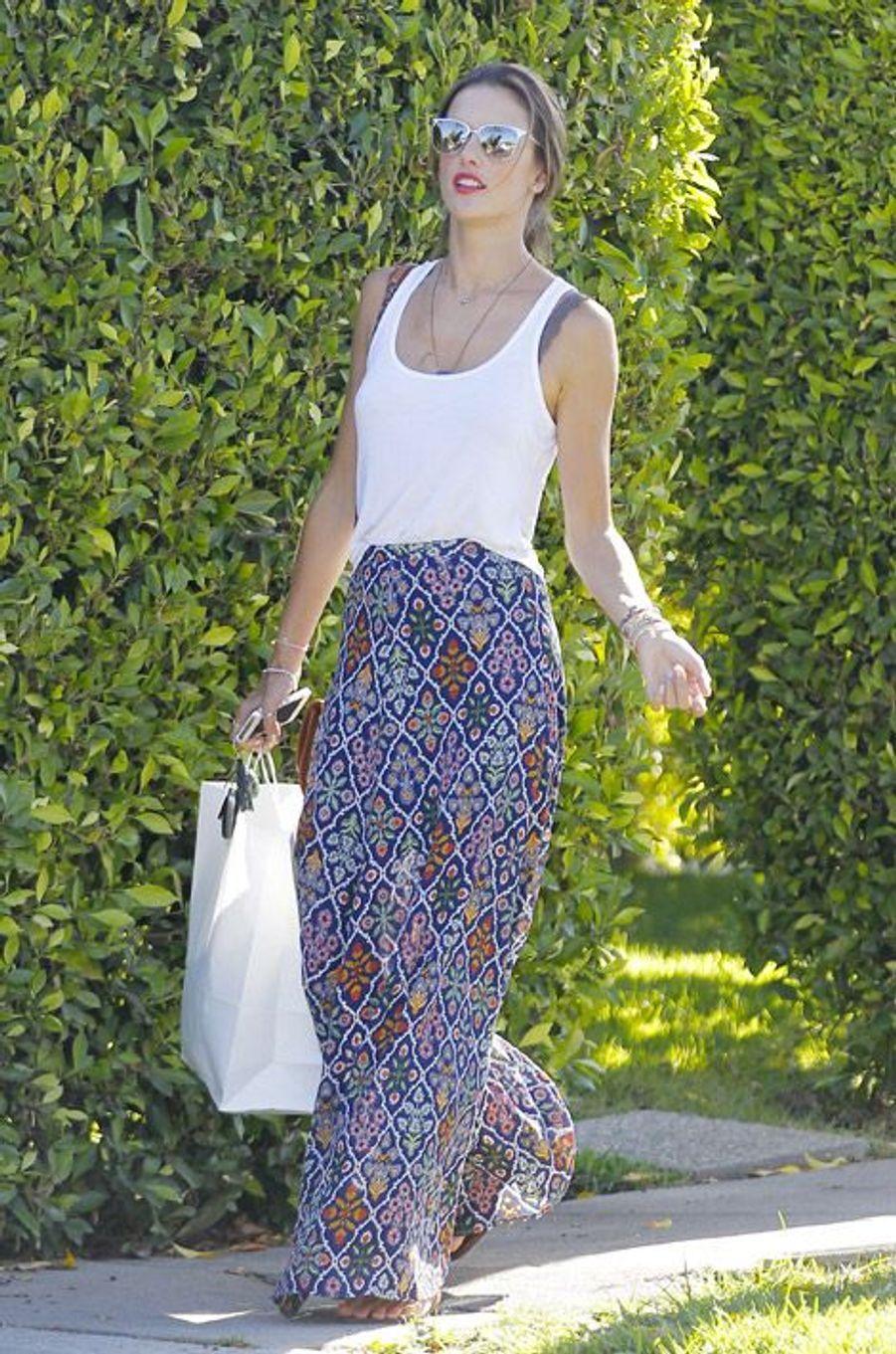Le top brésilien Alessandra Ambrosio à Hollywood le 22 août 2014
