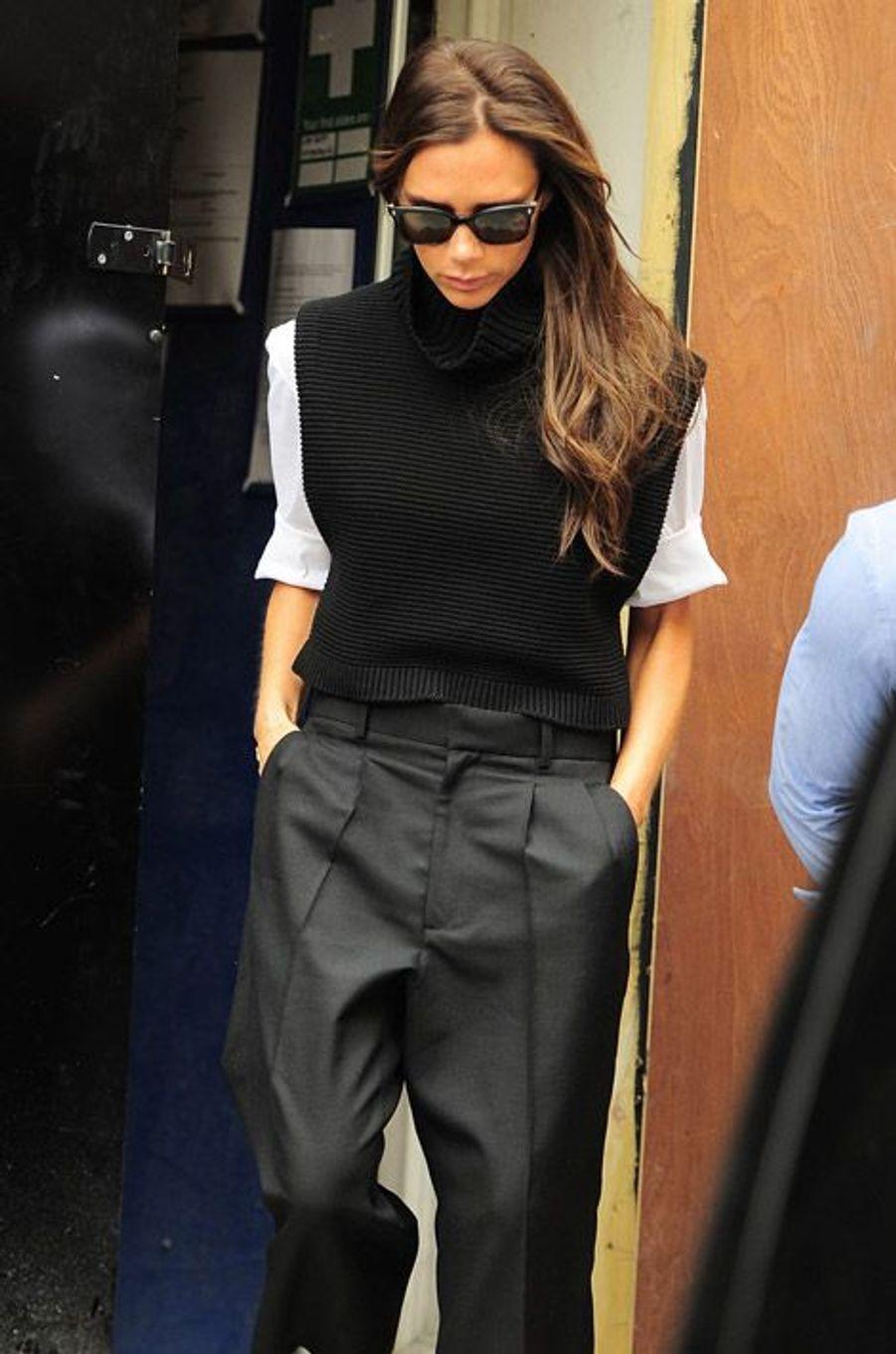 Victoria Beckham visite le chantier de sa première boutique à Londres, le 29 août 2014