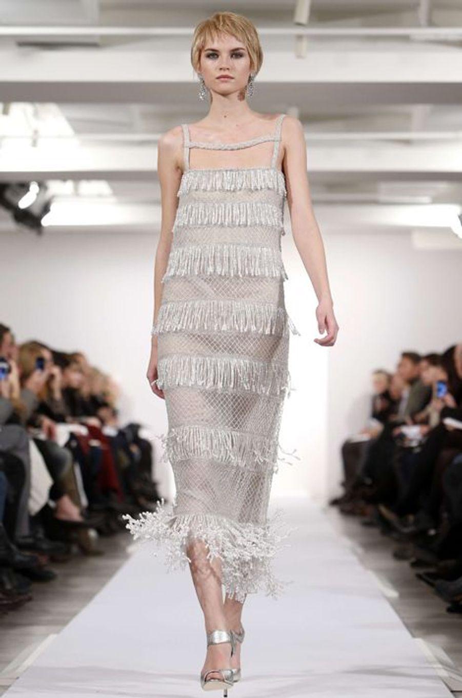 Une création d'Oscar de la Renta présentée en février 2014, la deuxième robe choisie par Amal Alamuddin