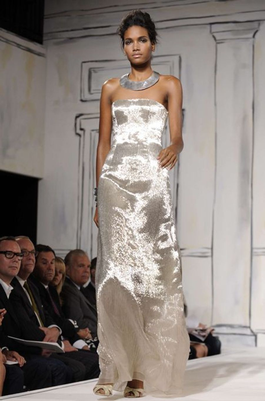 Une création d'Oscar de la Renta présentée en septembre 2008