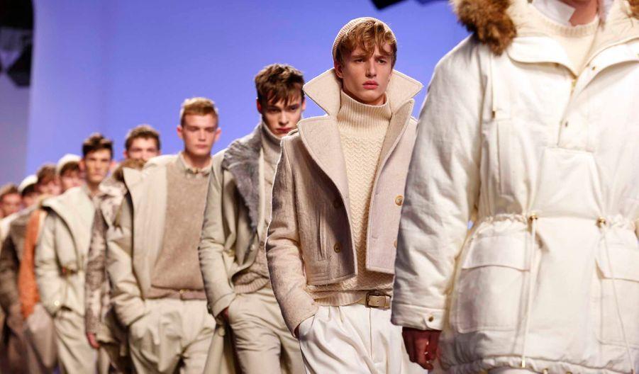 """Un mois avant la Fashion week de Londres, trois jours de défilés ont eu lieu dans la capitale anglaise afin de dévoiler les collections hommes automne-hiver 2013-2014. L'initiative """"London Collections: Men"""" a été lancée en juin 2012 par le British Fashion Council pour renforcer la place du menswear britannique dans la mode."""
