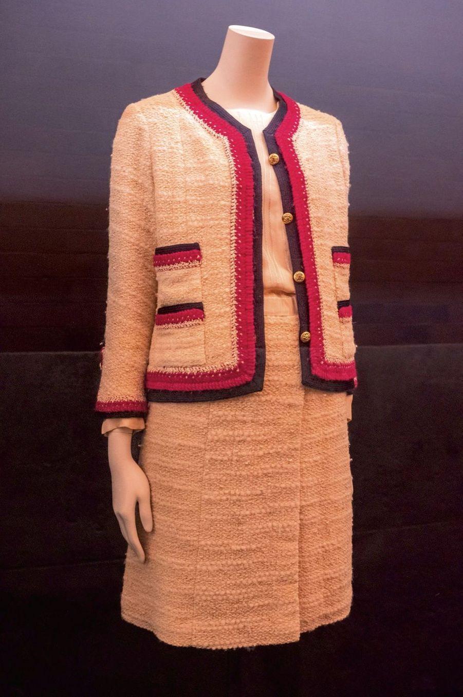 La petite robe en soie frangée, le modèle préféré de Gabrielle Chanel.