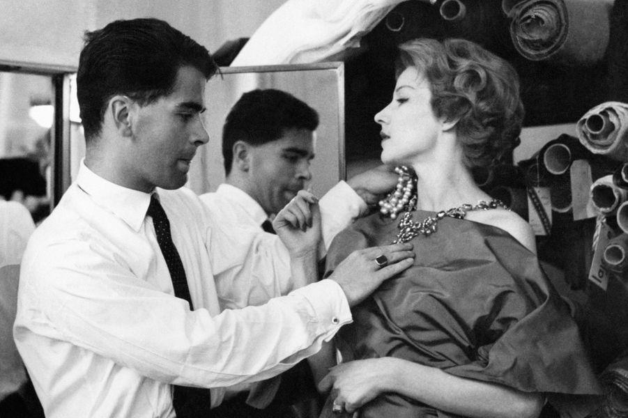 Karl Lagerfeld chez Patou en 1960.