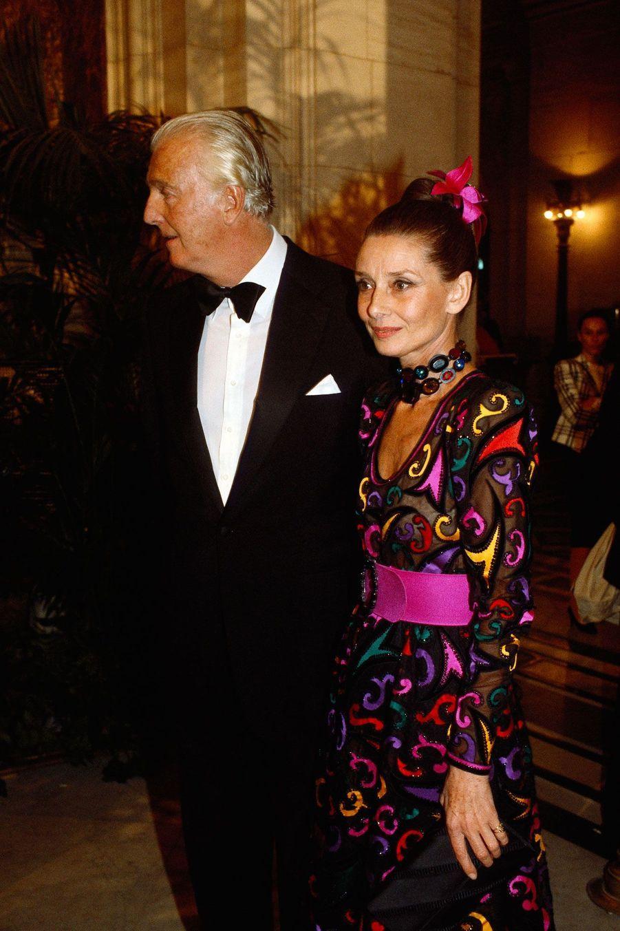 Hubert de Givenchy et Audrey Hepburn à New York en 1985