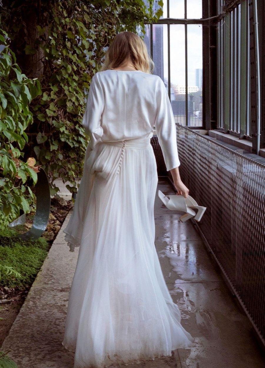 Robe Chrysallis conçue avec la précieuse « peace silk » éthique et durable.