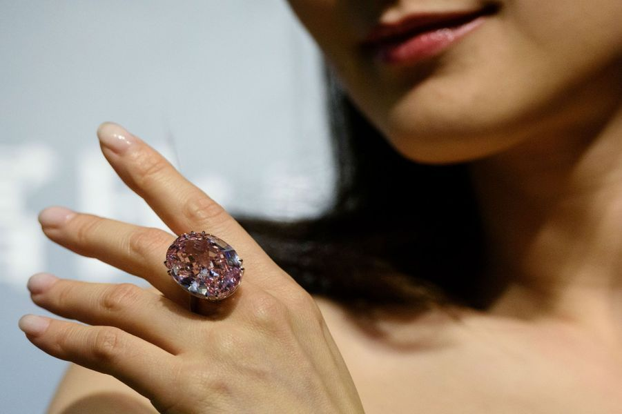 Le Pink Star, un diamant rose de 59,60 carats bientôt vendu aux enchères.