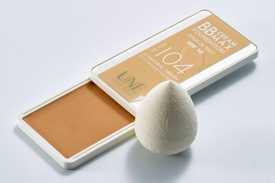 BB Cream Max Foundation (24,90 euros) et éponge 3 en 1 (12,90 euros), Une.