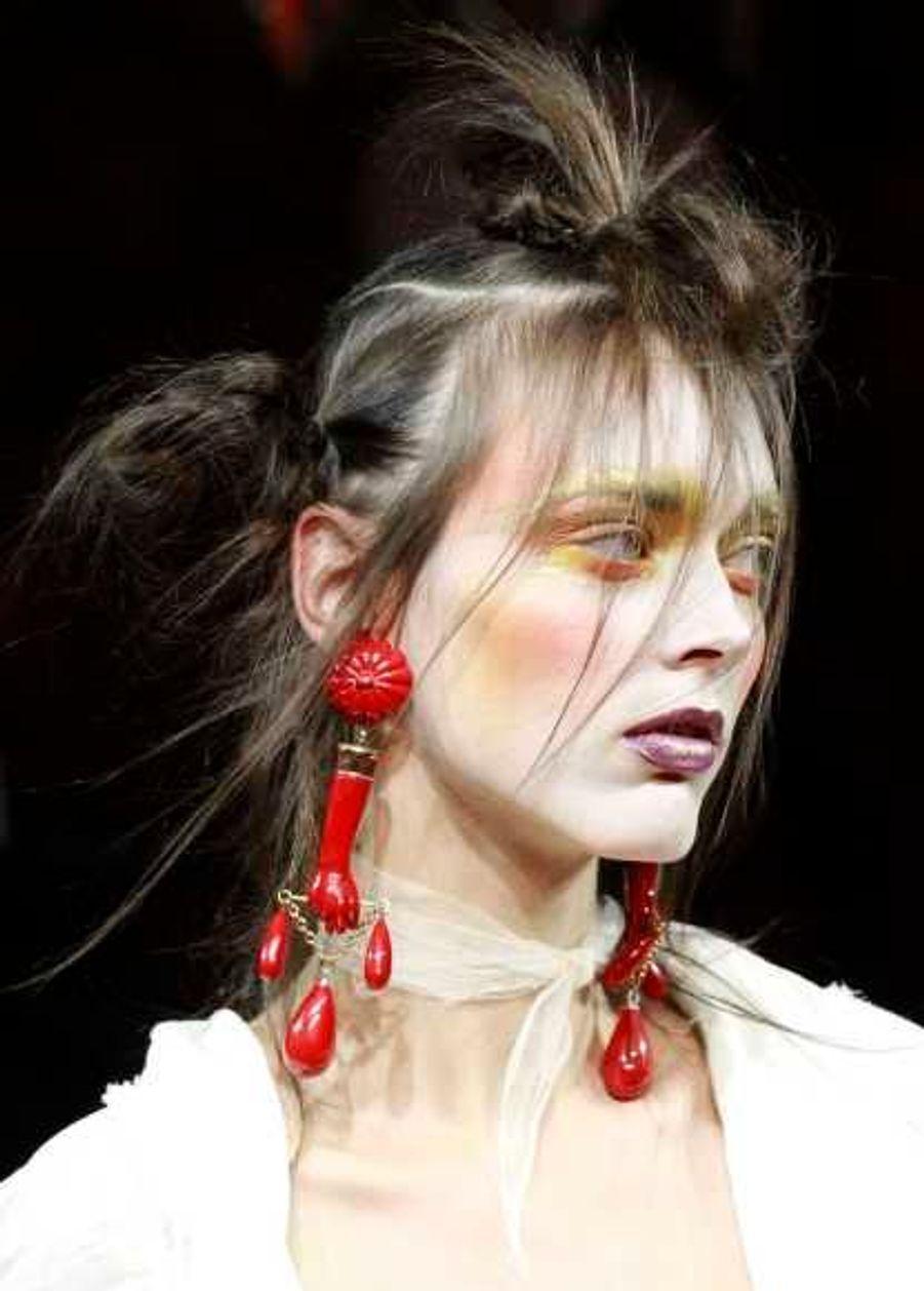 Ebouriffé sophistiqué, chez Vivienne Westwood