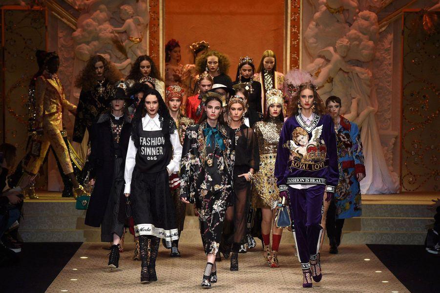 Mannequins Dolce & Gabbana à Milan en février 2018