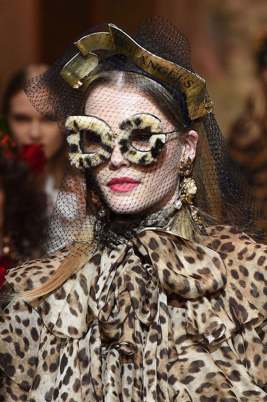 Habits de panthère griffés Dolce & Gabbana à Milan
