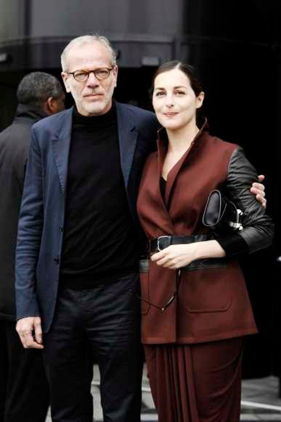 Comme Salma Hayek et son mari, le couple s'est rendu au défilé Balenciaga.