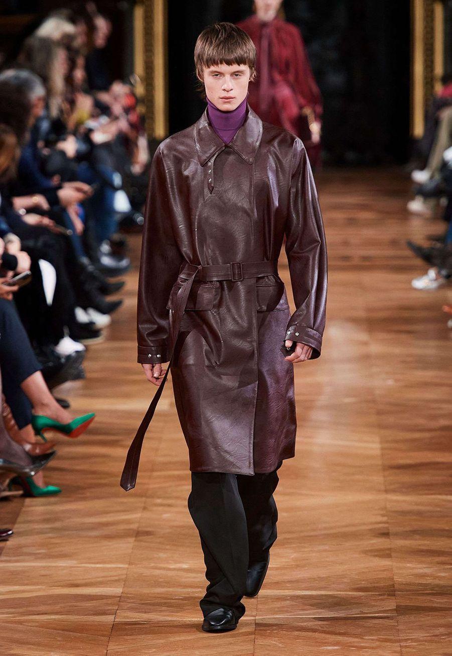 Stella McCartney présente sa collectionprêt-à-porter automne-hiver 2020-21 à l'Opéra Garnier le 2 mars 2020.