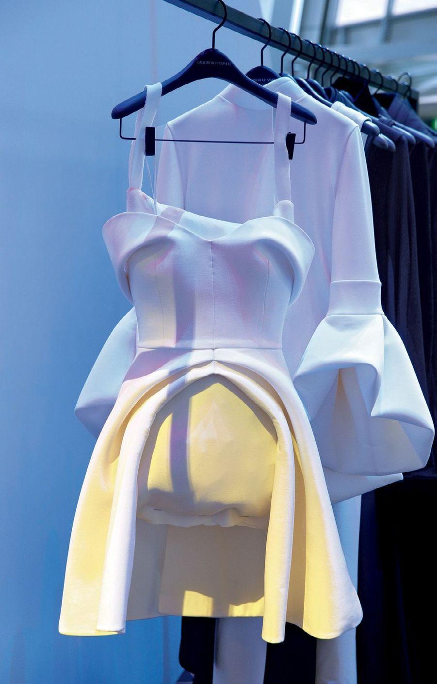 Les créations du finaliste et designer américain Brandon Maxwell, par ailleurs styliste de Lady Gaga.