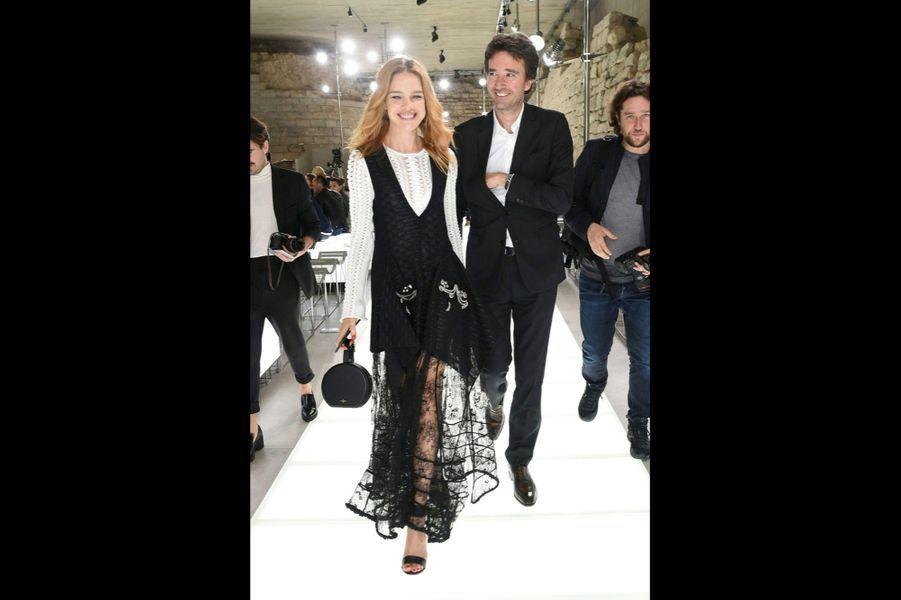 Après le défilé, Antoine Arnault et sa compagne, Natalia Vodianova.
