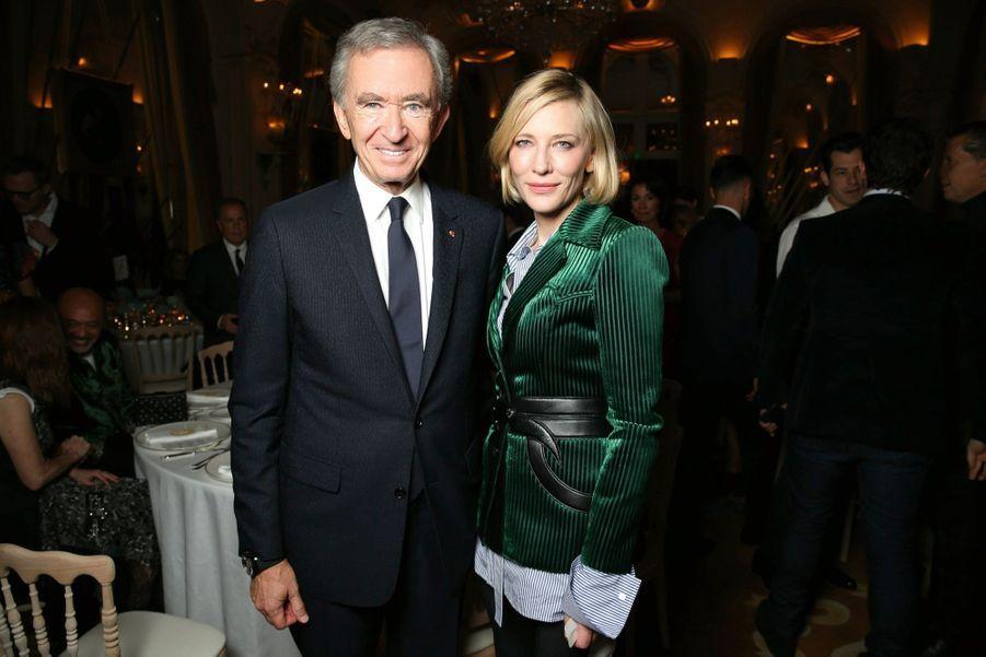 Bernard Arnault, président du groupe LVMH, et Cate Blanchett.