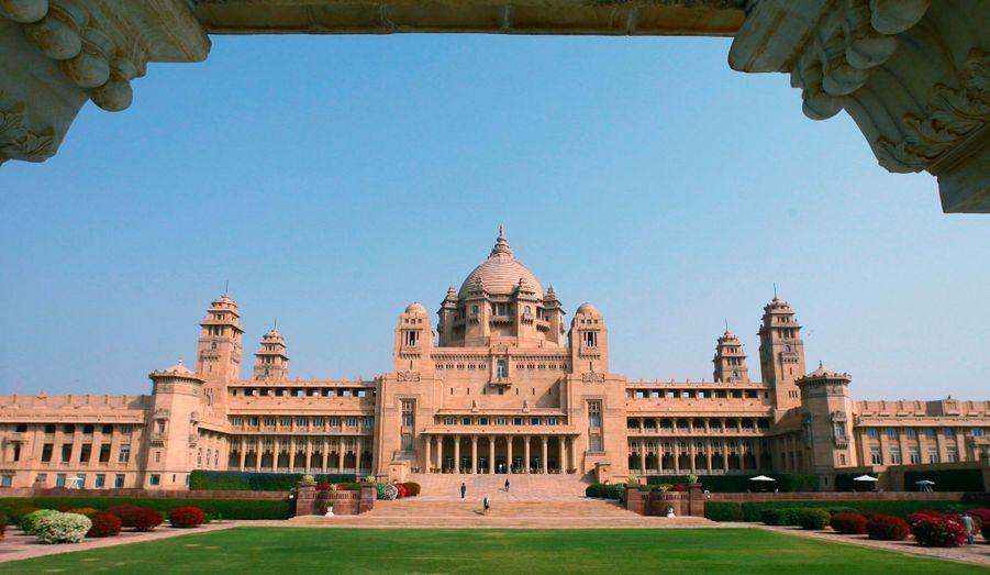 Le Umaid Bhawan Palace, un ancien palais transformé en hôtel de luxe.
