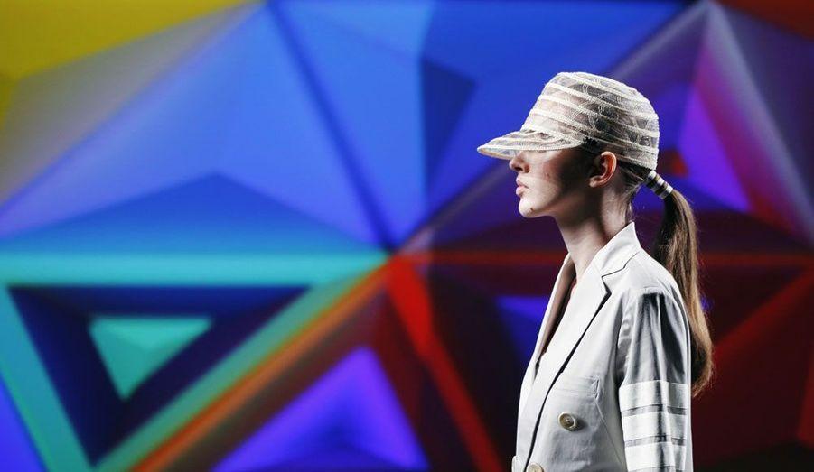 Le styliste japonais Yohji Yamamoto a présenté à New-York sa collection en collaboration avec la marque de sport, Adidas.