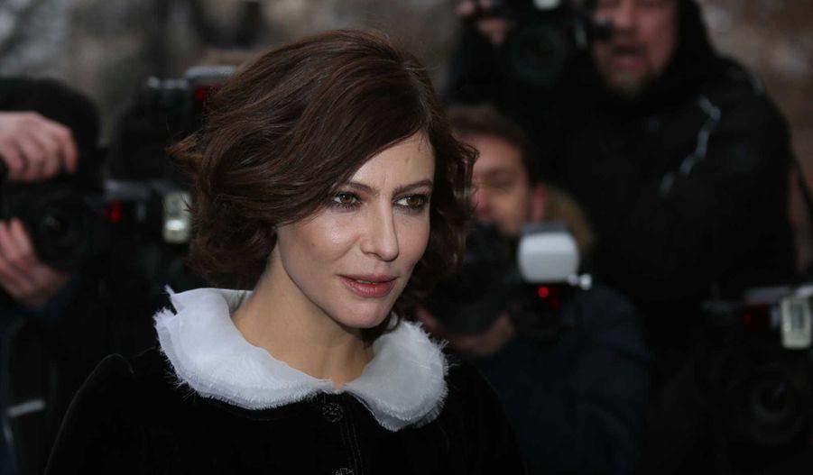 Au défilé Chanel: Anna Mouglalis