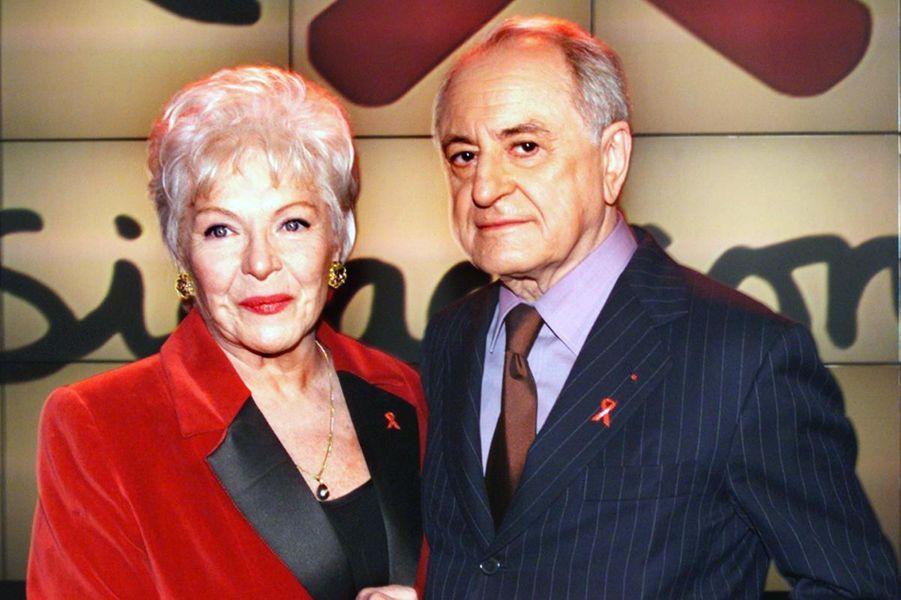 Line Renaud et Pierre Bergé lors de la soirée Sidaction en avril 1998.