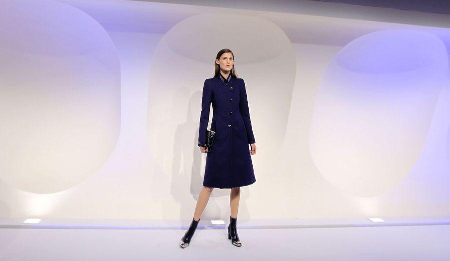 Manteau classique et féminin