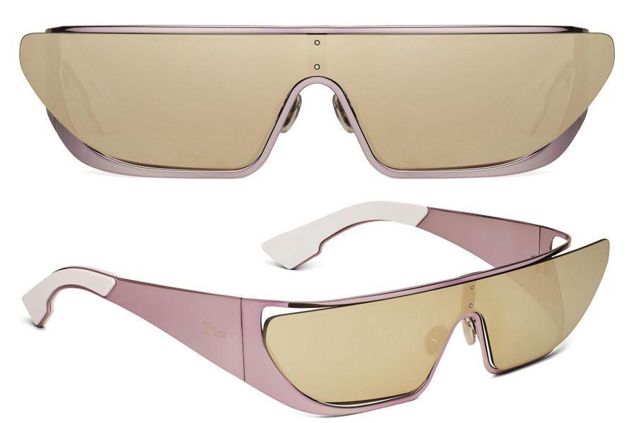 Rihanna a créé des lunettes de soleil pour la marque Dior.