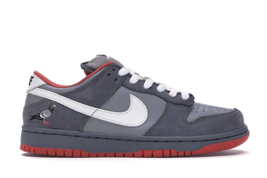 8. Nike Dunk SB Low Staple NYC Pigeon, 14 233 €.