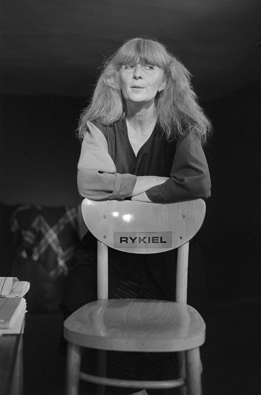 La créatrice Sonia Rykiel dans son atelier rue de Grenelle.