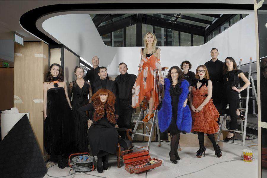 La dream-team de la société familiale Sonia Rykiel, dans la boutique de Saint-Germain-des-Prés en travaux.