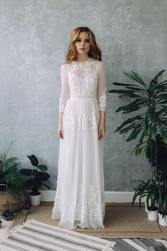 Robe de mariée bohème et romantiquehttps://www.pinterest.fr/pin/759841768353285025/
