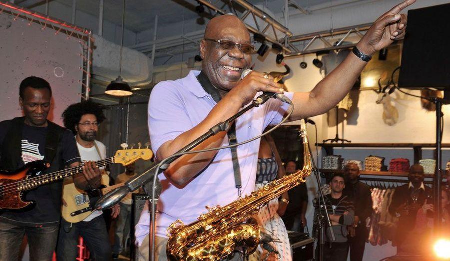 Mondialement connu avec « Soul Makossa », Manu Dibango a fait plus de 30 CD.