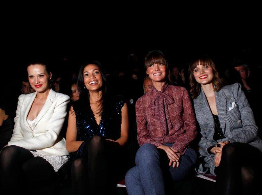 Petra Nemcova, Rosario Dawson, Rose Byrne, et Bella Heathcote.