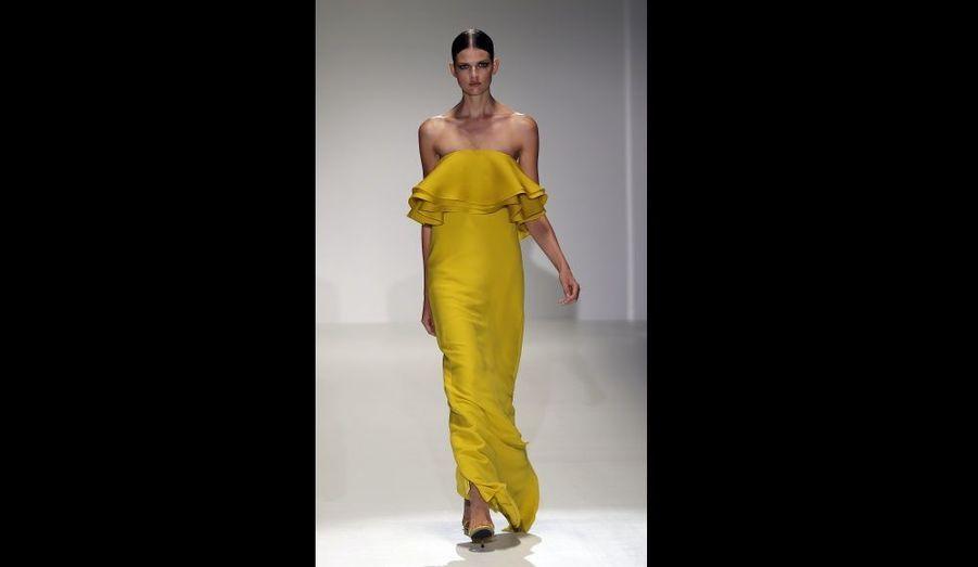 En soie jaune