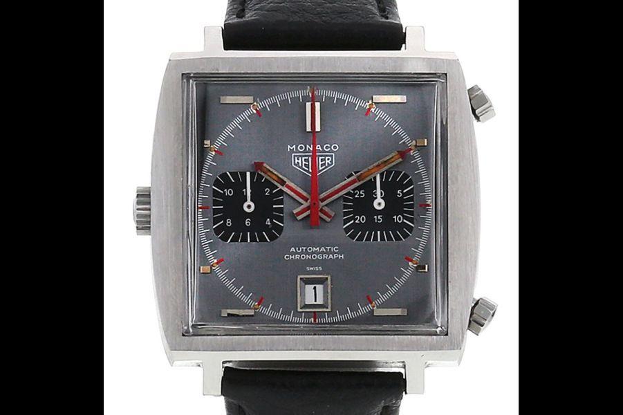 Monaco en acier, mouvement automatique, bracelet en cuir, Heuer. Prix sur collectorsquare.com: 9 380 €.