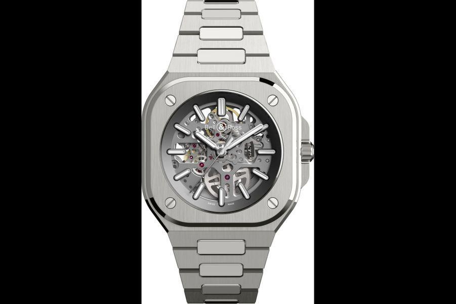 BR05 Skeleton en acier, 40 mm de diamètre, mouvement automatique, bracelet en acier. Editionlimitée à 500 exemplaires. Bell & Ross. 5 900 euros.