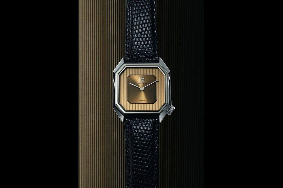 MARCH LA.B signe Mansart, une petite montre carrée en acier dont le cadran doré à deux tons nous renvoie aux années 1960. Facile à imaginer au poignet de Don Draper dans « Mad Men »