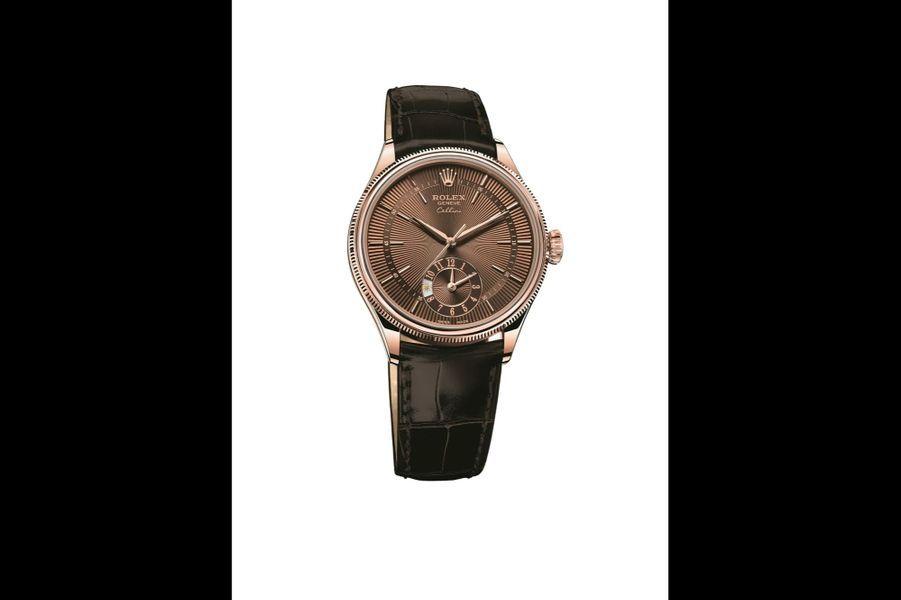 Cellini Dual Time en or rose, 39 mm, mouvement automatique avec second fuseau horaire et indicateur jour-nuit, bracelet en alligator. Rolex. 17 750 €.