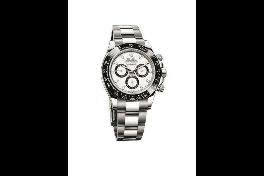 Cosmograph Daytona en acier et céramique, 40 mm de diamètre, mouvement chronographe automatique, bracelet en acier. 12400 euros. Rolex.