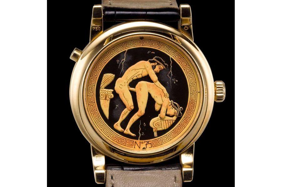 Eros en or jaune, 42 mm de diamètre, mouvement à remontage manuel couplé avec mécanisme d'automates animant une scène érotique au dos de la montre, bracelet en alligator. Andersen Genève.
