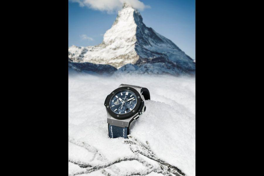 Chronographe Big Bang Zermatt en acier, 44 mm de diamètre, mouvement automatique, bracelet en veau et caoutchouc. Série limitée à 100 exemplaires. Hublot. 15500 €.