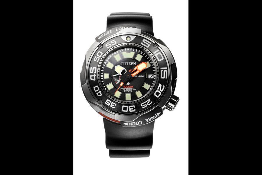 Promaster Professionnal Diver en titane, 52, 5 mm de diamètre, mouvement Eco-Drive, bracelet en polyuréthane, étanche à 1 000 mètres. Citizen. 1 995 €.