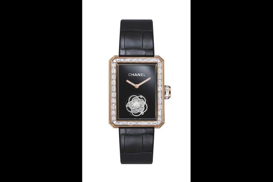 Première en or beige et diamants, 37 x 28, 5 mm, mouvement à remontage manuel, bracelet en alligator. Série limitée à 20 exemplaires. Chanel Horlogerie. 230 000 €.