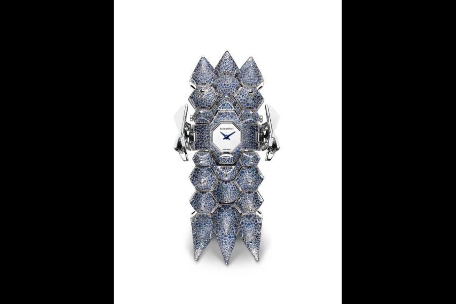 «Diamond Outrage» en or gris et saphirs, mouvement à quartz, Audemars Piguet. 1 038 000 €.