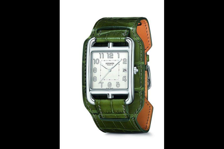 «Cape Cod» en acier, bracelet en alligator, mouvement à quartz, Hermès. 3 250 €.