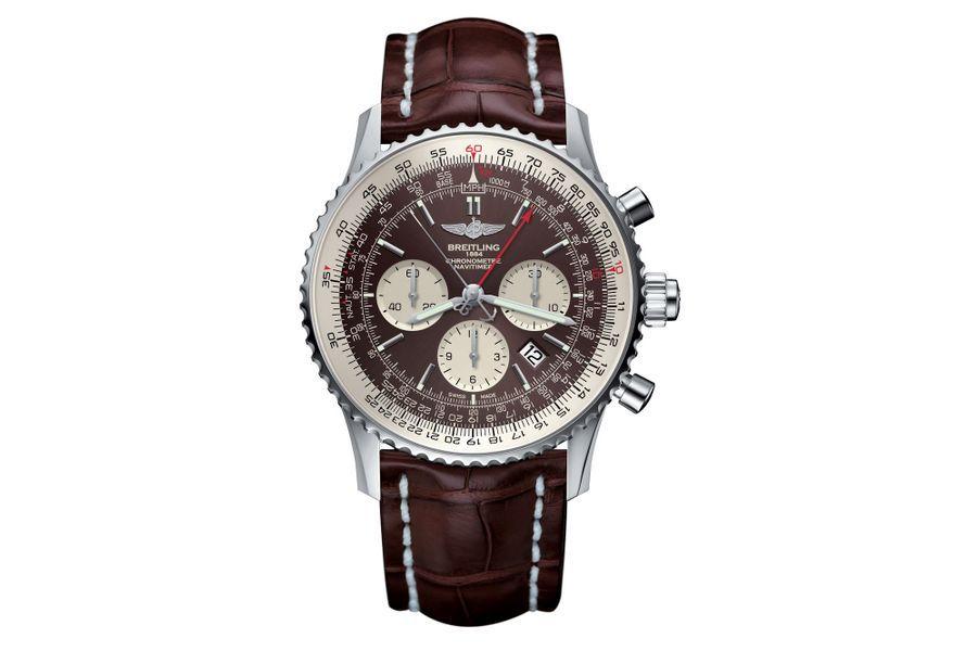 Navitimer Rattrapante en acier, 45 mm de diamètre, mouvement chronographe automatique, bracelet en alligator. 10 700 €. Breitling.