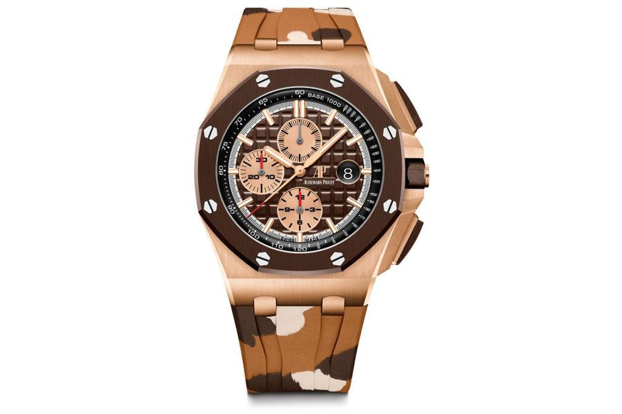 Chronographe Royal Oak OffShore, boîte en or rose, lunette en céramique, 44 mm de diamètre, mouvement automatique, bracenet en caoutchouc. Audemars Piguet, 49 000 €.